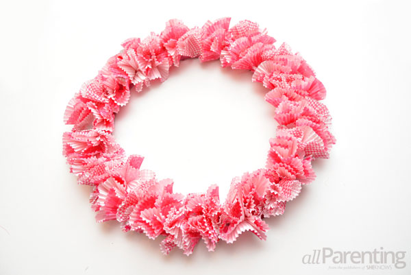 allParenting Valentine's Day wreath step 5