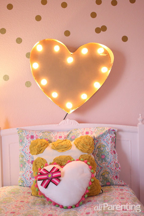 allParenting DIY heart marquee