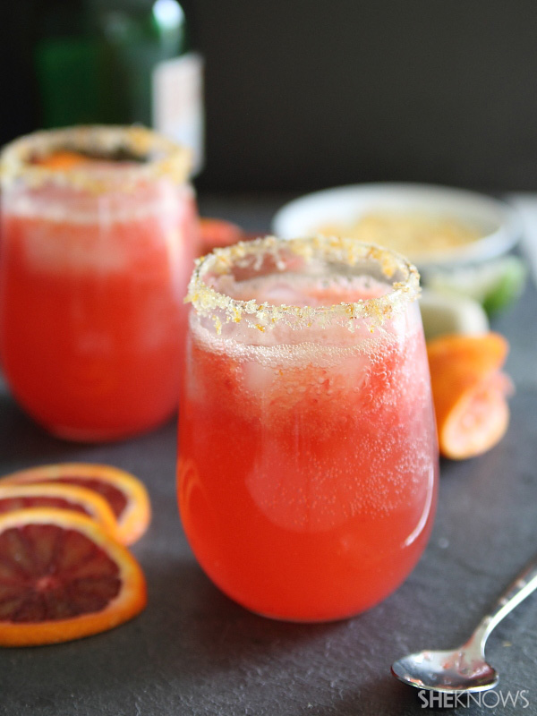 Blood orange ginger spritzer
