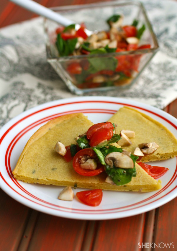 Socca with mushrooms, tomatoes & spinach