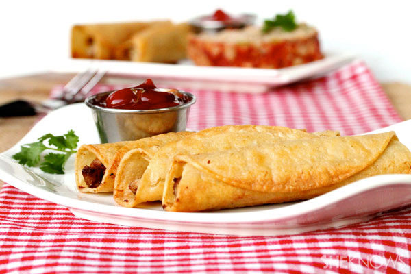 Meatloaf taquitos with spicy ketchup