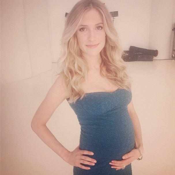 Pregnant Kristin Cavallari for Fit Pregnancy