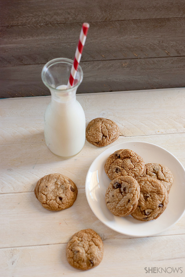 Easy chocolate chip peanut butter cookies recipe