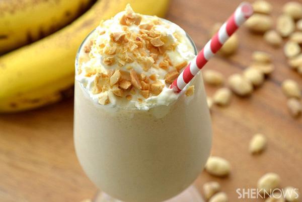 Skinny peanut butter banana milkshakes