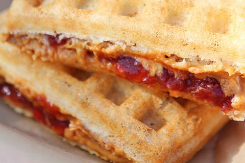 Waffle sandwich   ChefMom.com