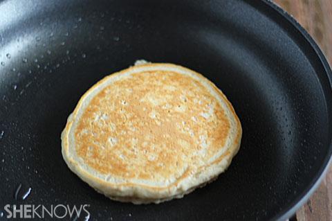 Quick Oatmeal Pancakes | ChefMom.com