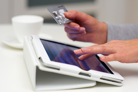 Shopping online using tablet | Sheknows.ca