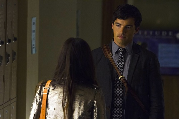 Pretty Little Liars reveals Ezra is not A