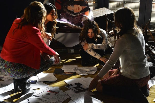Aria hits rock bottom in Pretty Little Liars
