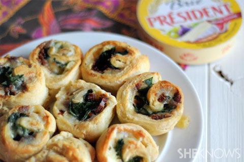 brie bacon spinach rolls