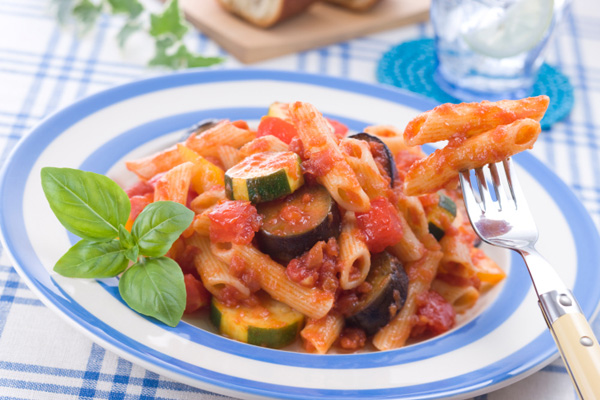 Pasta with veggie tomato sauce