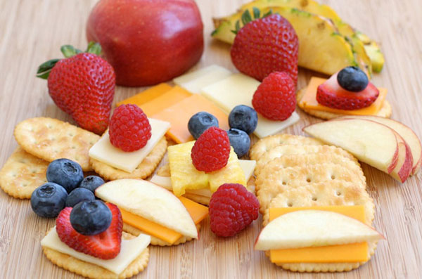 Cheese, crackers and fruit