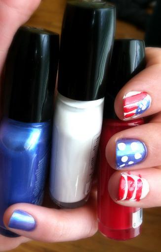 nails: Kat Bouska