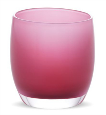Radiant orchid: Smooch candle