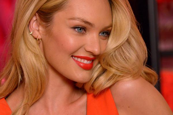 4 Ways Candice Swanepoel Can Spend Valentine S Day