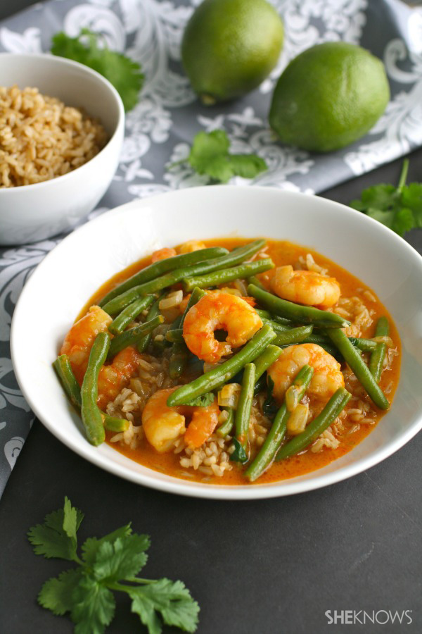Thai Green Coconut Curry Shrimp With Basil Recipes — Dishmaps
