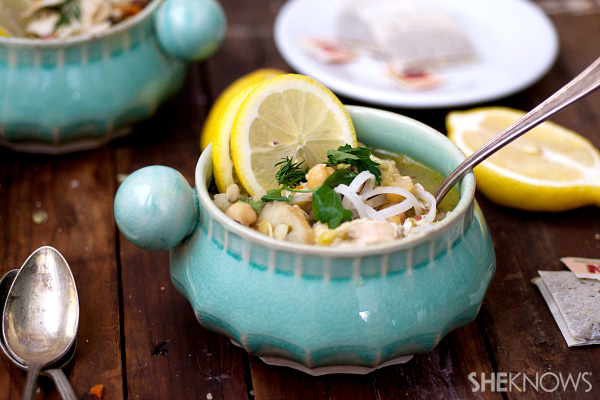 Rice noodle chicken soup with green tea and lemon