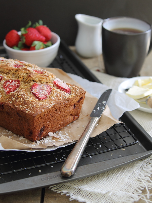 Roasted strawberry yogurt coconut bread