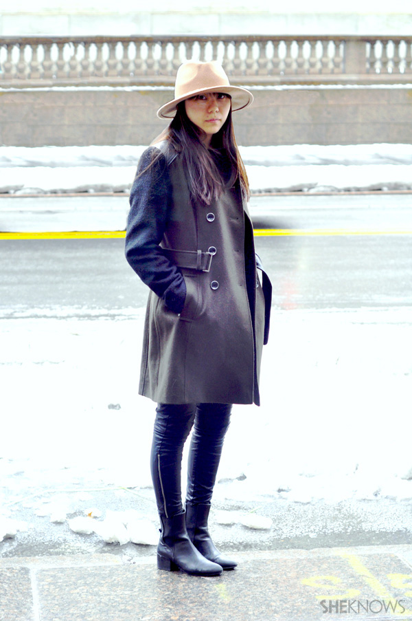 This Fashionista knows how to wear a lot of leather at once without it overpowering her style.