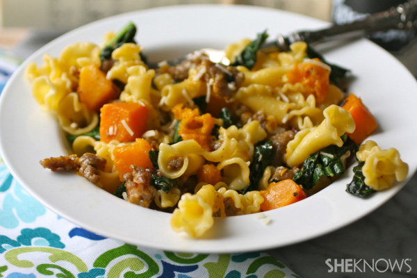 Sunday dinner: Pasta with butternut squash, sausage & kale
