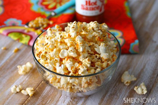 Gluten-free Buffalo sauce-flavored popcorn recipe