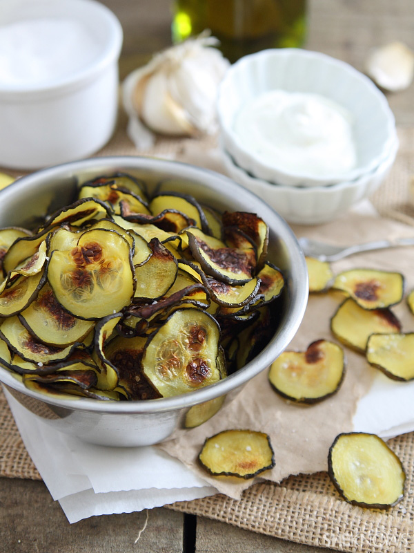 Salt & vinegar zucchini chips with garlic yogurt dip