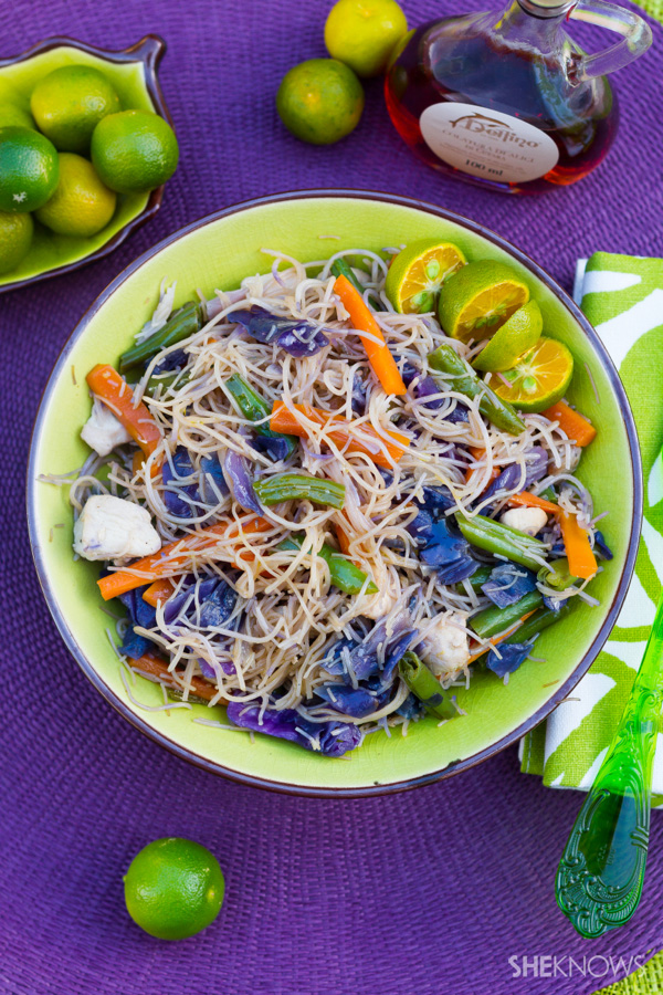 Sautèed rice noodles (Pancit bihon)