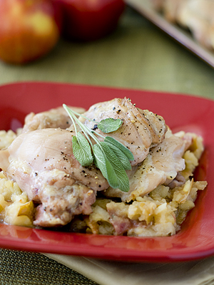 Chicken Thighs with Roasted Apples | Sheknows.com