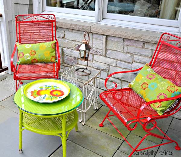 Paint Old Furniture | Sheknows.com