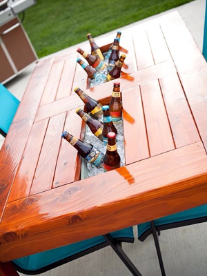 Table with Beverage Cooler | Sheknows.com