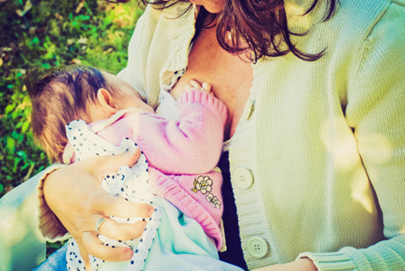 Mom bullied for nursing in public
