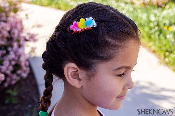 Spring chicks hair clip | Sheknows.com