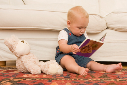 Baby reading book | Sheknows.com
