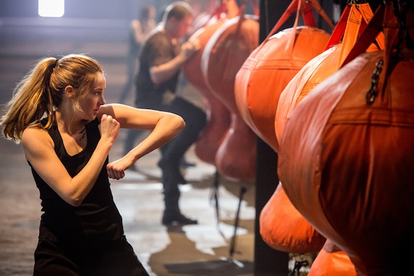Shailene Woodley stars as Tris in Divergent