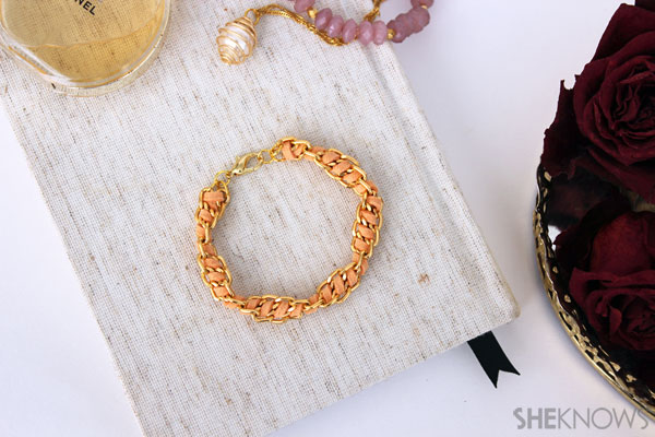 DIY Spiral chain & suede bracelet: Completed