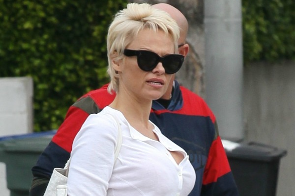 Pamela Anderson opts for the pixie cut