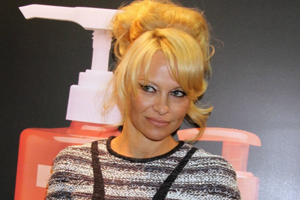 Pam Anderson Pixie Haircut | LONG HAIRSTYLES