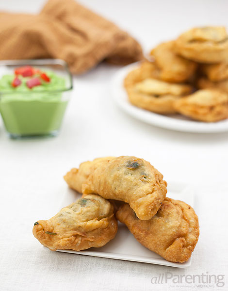 ... Vegetarian empanadas with spinach, artichoke hearts and cheese