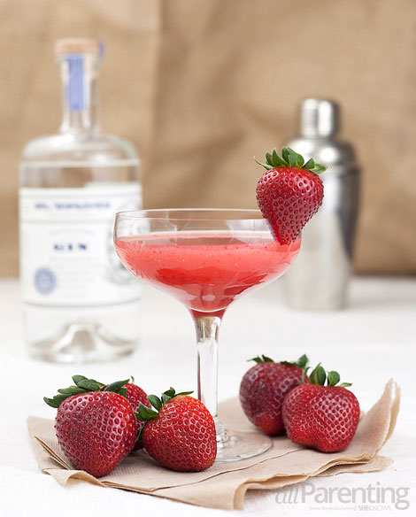 allParenting Strawberry Fields- strawberry gin cocktail