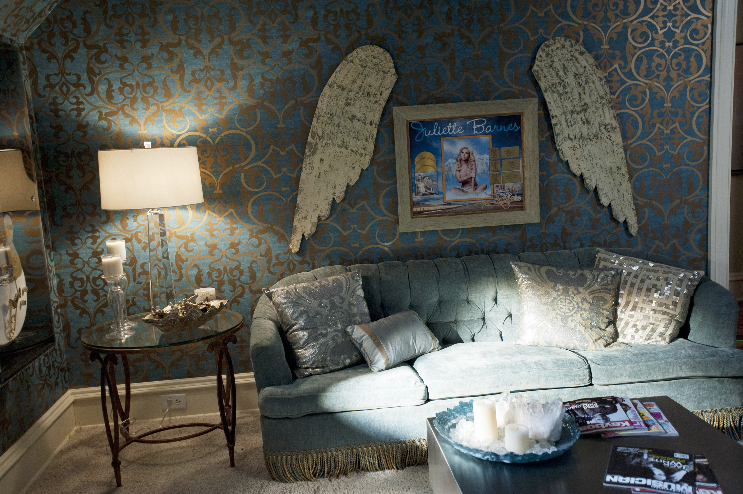 Nashville's Juliette's swanky living room