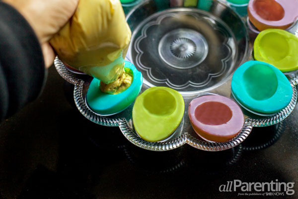 allParenting colored deviled eggs step 4