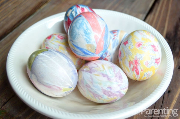 allParenting Silk dyed easter eggs step 7