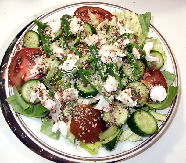 Summer salads: Hemp caprese salad