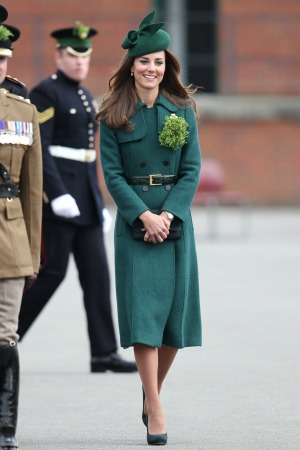See Kate's new coat