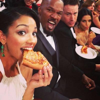 A celebrity pizza party