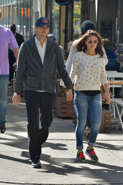Pregnant Mila Kunis and Ashton Kutcher