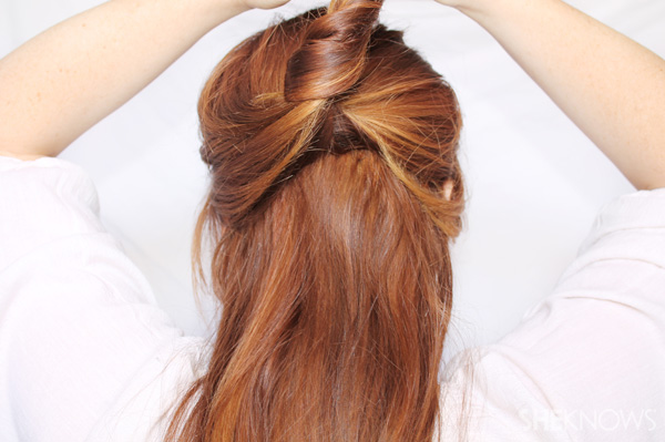 3 updos that only require three bobby pins each