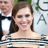 Allison Williams' Golden Globes makeup