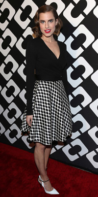 Allison Williams' retro skirt
