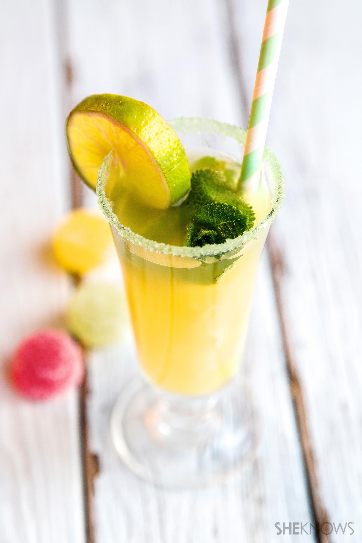 Green apple & pineapple mock mojito recipe